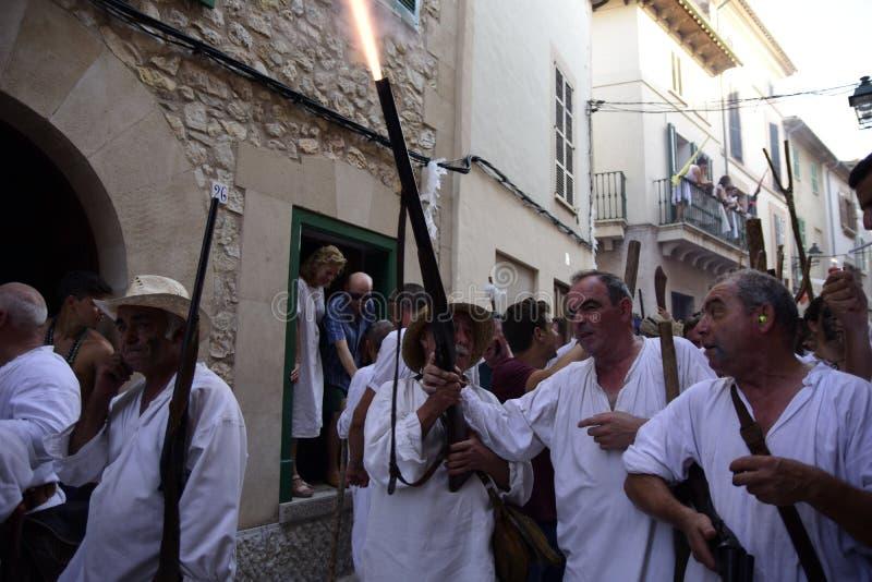 Οι δημοφιλείς εορτασμοί δένουν και Χριστιανοί στοκ φωτογραφία με δικαίωμα ελεύθερης χρήσης