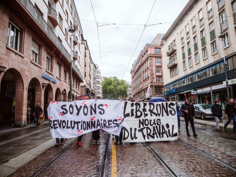 Οι διαμαρτυρίες στη Γαλλία ενάντια στις μεταρρυθμίσεις Macron αφήνουν ` s να είναι επαναστατικό στοκ φωτογραφίες