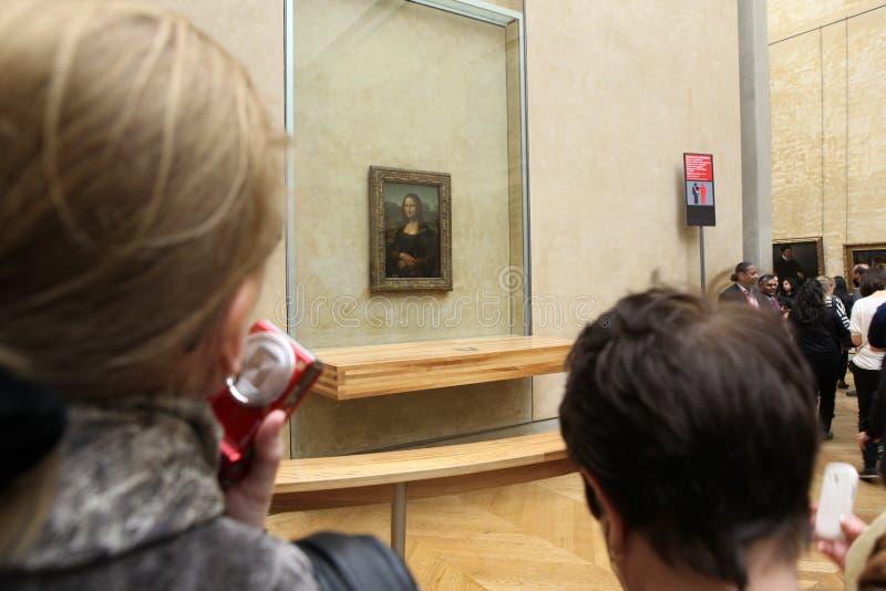 Οι επισκέπτες παίρνουν τη φωτογραφία των Leonardo Da Vinci στοκ εικόνα με δικαίωμα ελεύθερης χρήσης