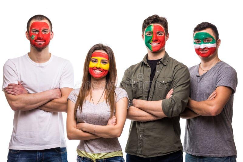 Οι θαυμαστές υποστηρικτών ομάδας ανθρώπων των εθνικών ομάδων χρωμάτισαν το πρόσωπο σημαιών της Πορτογαλίας, Ισπανία, Marocco, Ιρά στοκ φωτογραφία με δικαίωμα ελεύθερης χρήσης