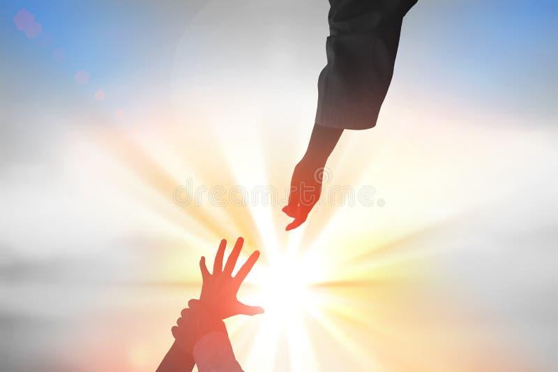 Οι Θεοί δίνουν να φτάσουν, την έννοια θρησκείας, σωτηρίας, συγχώρεσης, βοήθειας και αγάπης στοκ φωτογραφίες με δικαίωμα ελεύθερης χρήσης