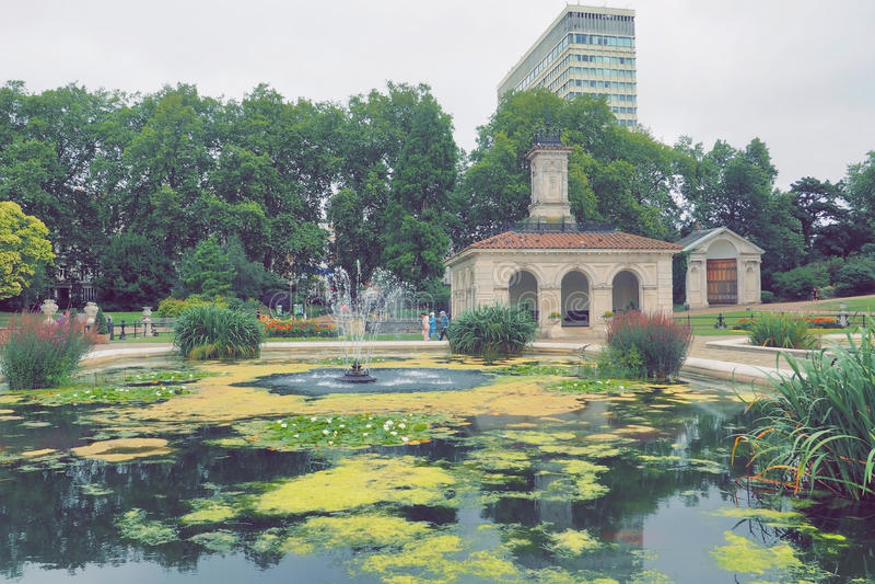 Οι ιταλικοί κήποι στο Χάιντ Παρκ, Λονδίνο στοκ εικόνα