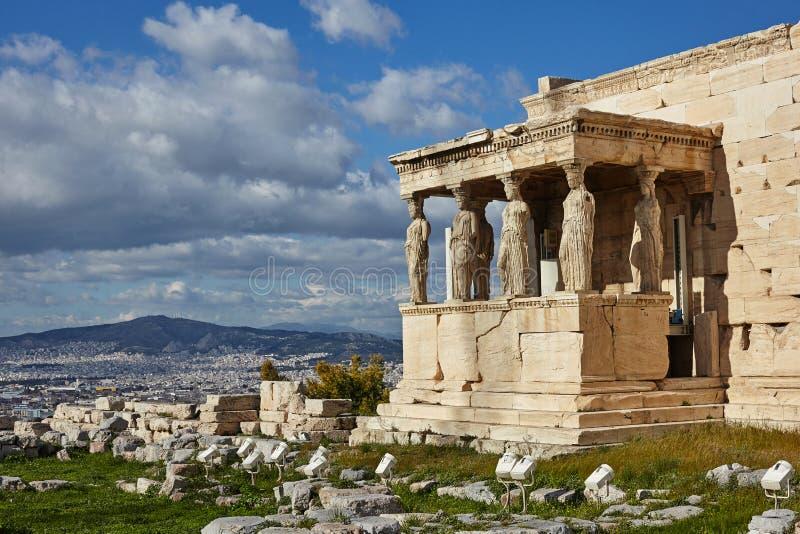 Οι καρυάτιδες στο ναό Erectheion, ακρόπολη, Αθήνα στοκ εικόνες με δικαίωμα ελεύθερης χρήσης