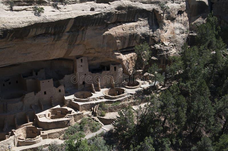 Οι κατοικίες απότομων βράχων στο εθνικό πάρκο Κολοράντο ΗΠΑ Mesa Verde Υπάρχουν περίπου 600 κατοικίες απότομων βράχων με το εθνικ στοκ εικόνες