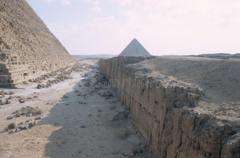 Οι μεγάλες πυραμίδες σε Giza στοκ εικόνα