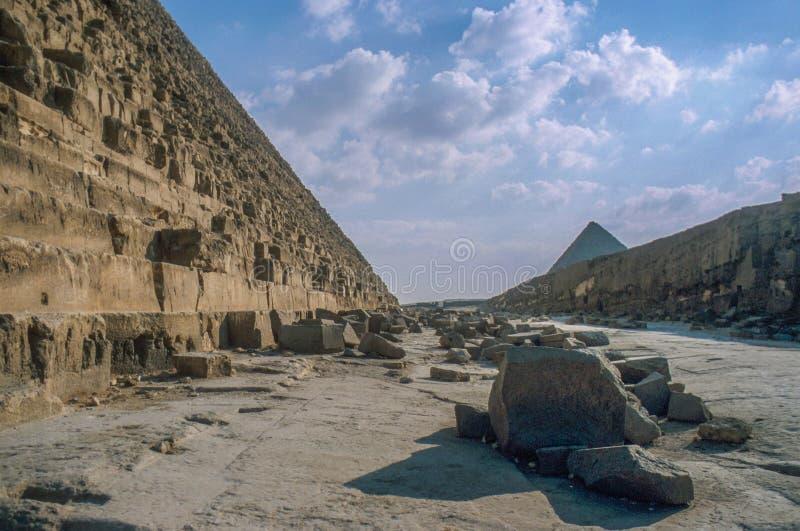 Οι μεγάλες πυραμίδες σε Giza στοκ φωτογραφία με δικαίωμα ελεύθερης χρήσης