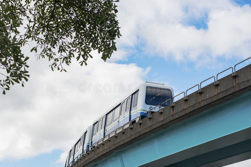 Οι μεταφορές στην αστική πόλη στοκ εικόνα