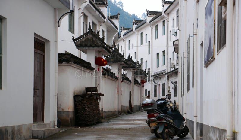 Οι μικρού χωριού κατοικίες με τα χαρακτηριστικά Jiangnan στην Κίνα στοκ φωτογραφία με δικαίωμα ελεύθερης χρήσης