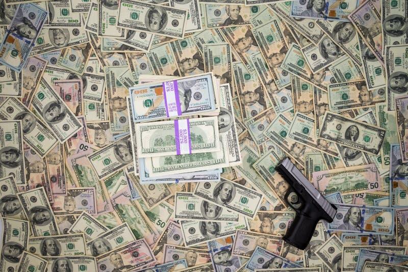 Οι νομισματικές εισπράξεις της εγκληματικότητας στοκ φωτογραφία