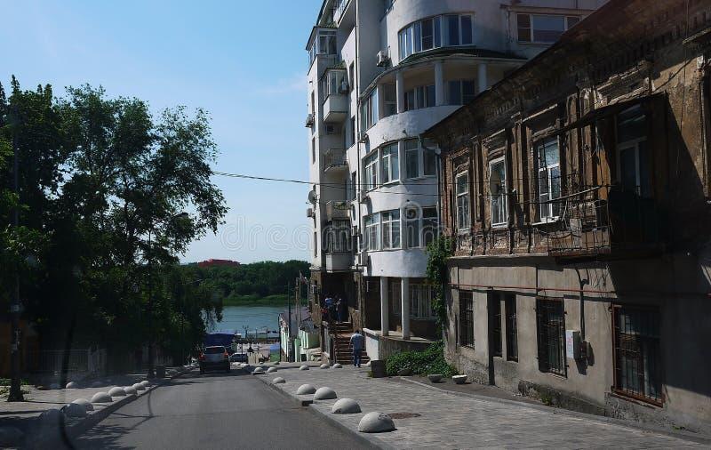 Οι οδοί και η αρχιτεκτονική Ροστόφ--φορούν r στοκ εικόνα με δικαίωμα ελεύθερης χρήσης