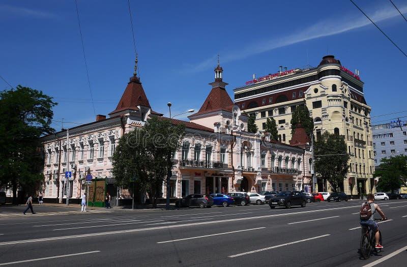 Οι οδοί και η αρχιτεκτονική Ροστόφ--φορούν r στοκ φωτογραφία