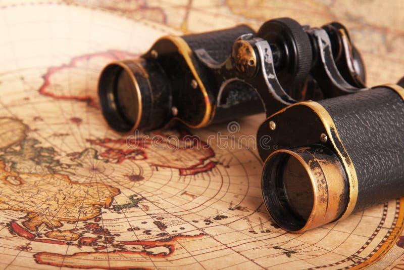 οι παλαιές διόπτρες χαρτ&omi στοκ φωτογραφίες με δικαίωμα ελεύθερης χρήσης