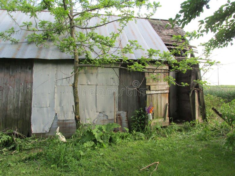 Οι παλαιές σιταποθήκες είναι οι ιστορικοί της αμερικανικής γεωργίας στοκ εικόνα