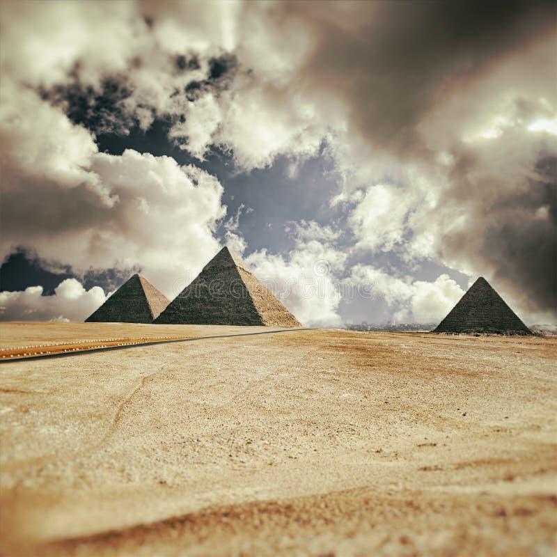 Οι πυραμίδες στοκ φωτογραφία με δικαίωμα ελεύθερης χρήσης