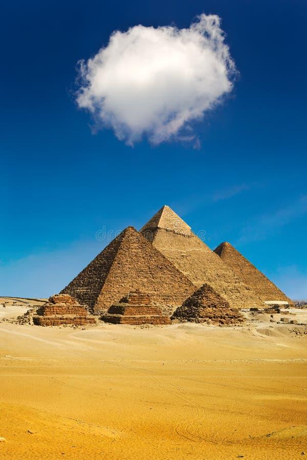 Οι πυραμίδες Giza στοκ εικόνες
