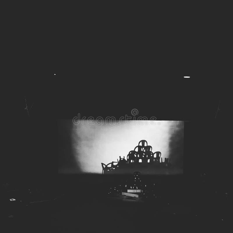 Οι σκιές στο θέατρο στοκ εικόνα