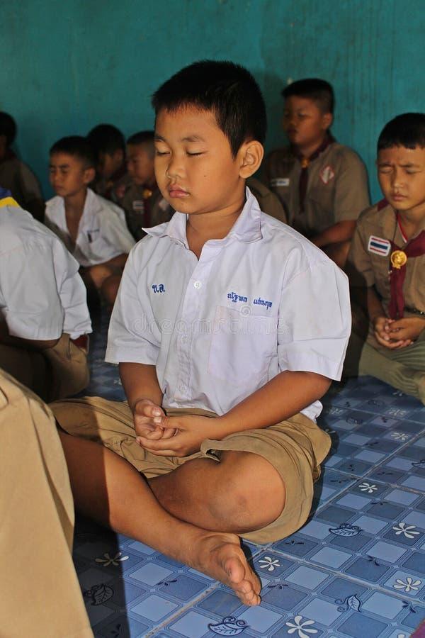 Οι σπουδαστές εκπαιδεύουν τη συγκέντρωση στοκ φωτογραφία