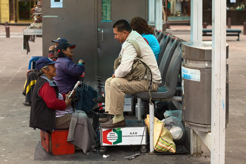 Οι στιλβωτής σε Cevallos σταθμεύουν σε Ambato, Ισημερινός στοκ εικόνες
