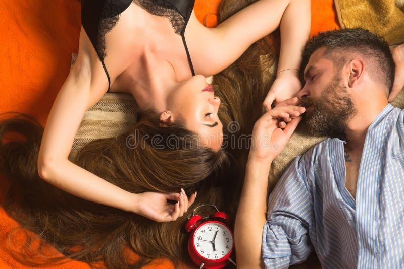 Οι σχέσεις, χαλαρώνουν, ξυπνήστε στοκ φωτογραφίες