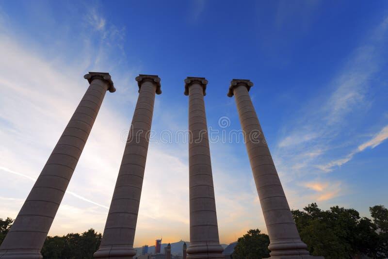 Οι τέσσερις στήλες - Βαρκελώνη Ισπανία στοκ φωτογραφία