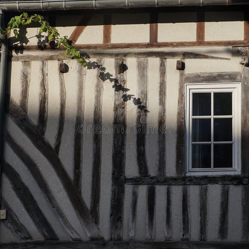 Οι τοίχοι του παλαιού σπιτιού στοκ εικόνα