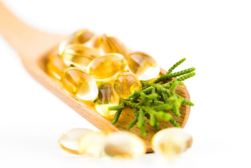 Οι υγιείς βιταμίνες, Omega 3, που απομονώνεται, έχουν ένα άσπρο υπόβαθρο διάστημα αντιγράφων στοκ φωτογραφίες με δικαίωμα ελεύθερης χρήσης