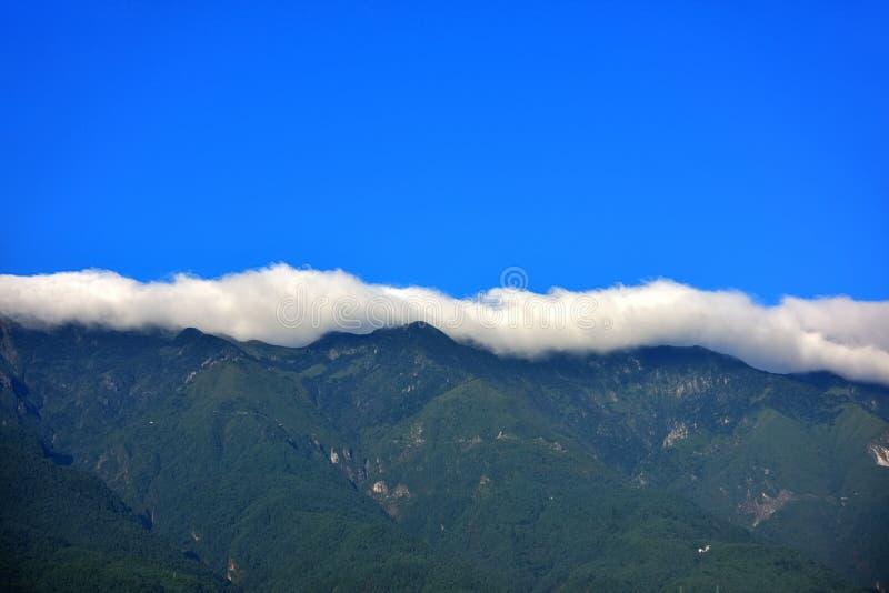 Οι υδρονεφώσεις ξημερωμάτων του Δαλιού cangshan στοκ εικόνα