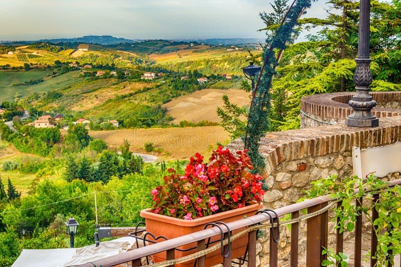 Οι λόφοι Romagna στην Ιταλία στοκ εικόνα
