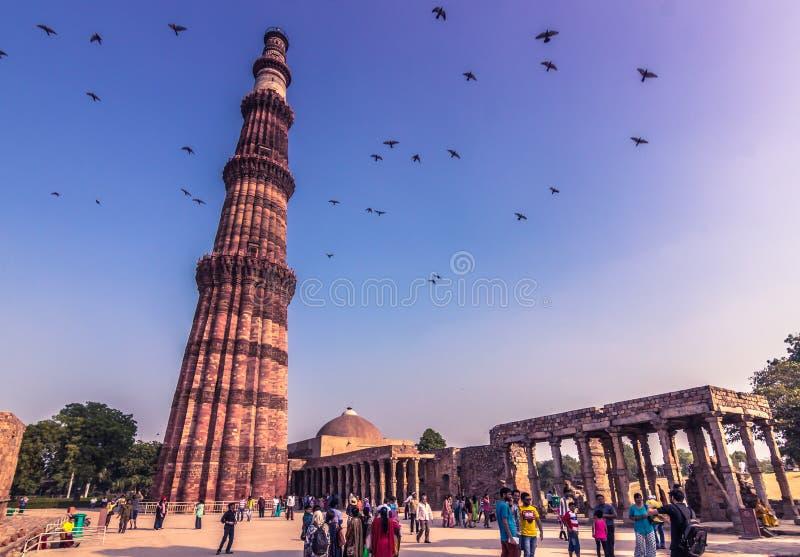 27 Οκτωβρίου 2014: Καταστροφές του Qutb Minar στο Νέο Δελχί, Ινδία στοκ εικόνες