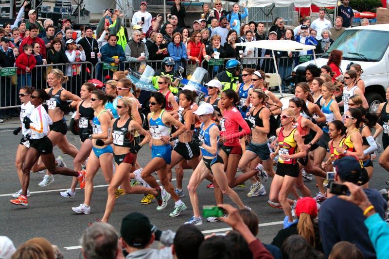 ολυμπιακές s της Βοστώνης του 2008 δοκιμές μαραθωνίου εμείς γυναίκες στοκ εικόνα με δικαίωμα ελεύθερης χρήσης