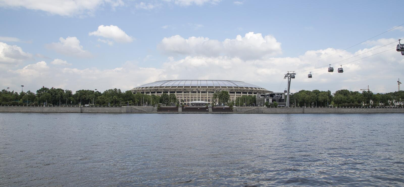 Ολυμπιακός σύνθετος Luzhniki σταδίων αθλητικών χώρων της Μόσχας μεγάλος -- Στάδιο για το Παγκόσμιο Κύπελλο της FIFA του 2018 στη  στοκ εικόνα με δικαίωμα ελεύθερης χρήσης