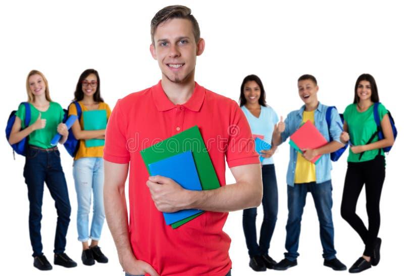 Ομάδα 5 καυκάσιων και λατινοαμερικάνικων σπουδαστών στοκ εικόνες με δικαίωμα ελεύθερης χρήσης