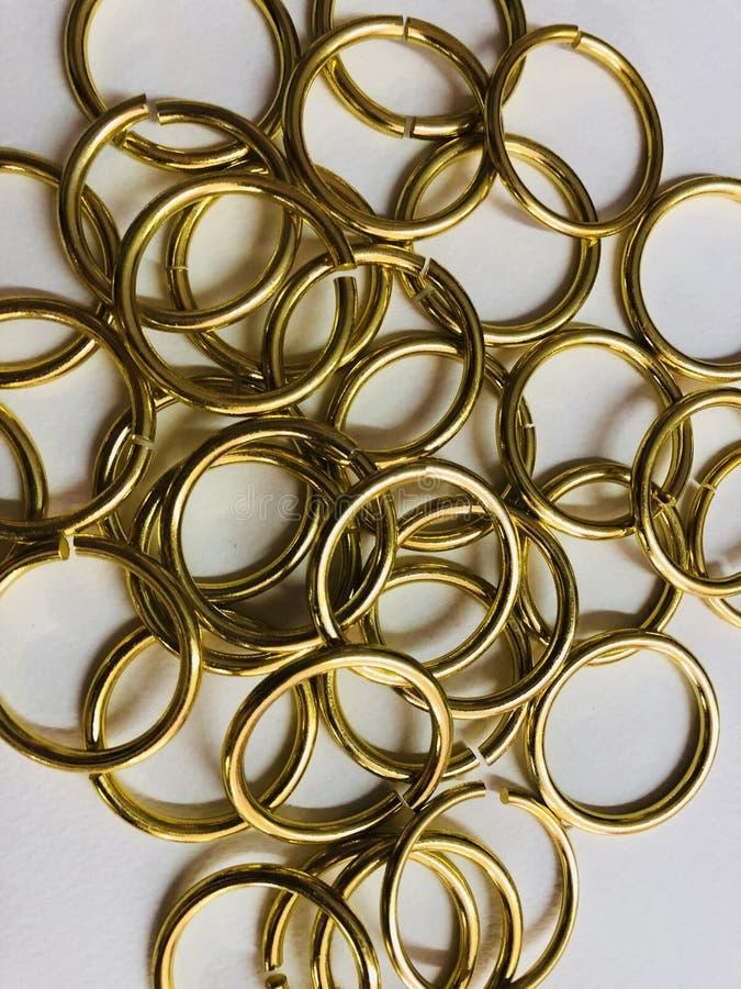 Ομάδα χρυσού δαχτυλιδιού στοκ εικόνες