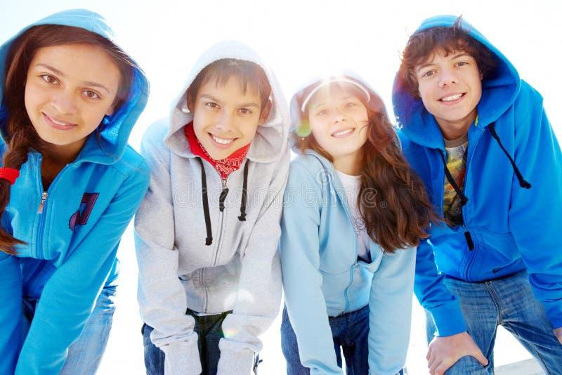 ομάδα teens στοκ φωτογραφίες με δικαίωμα ελεύθερης χρήσης