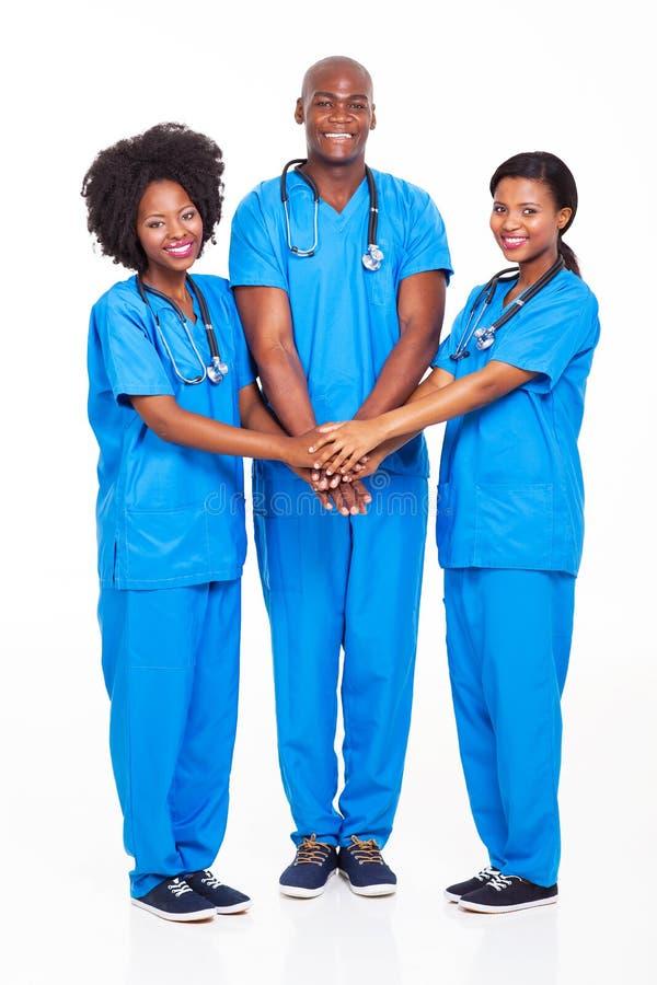Αφρικανική ιατρική ομάδα στοκ εικόνες με δικαίωμα ελεύθερης χρήσης
