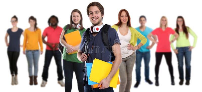 Ομάδα νεολαιών σπουδαστών τους ευτυχείς ανθρώπους που απομονώνονται που χαμογελούν στοκ εικόνες