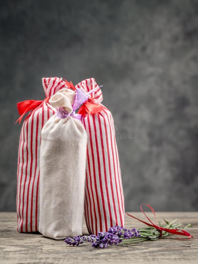 Ομάδα σακουλών με ξηρό lavender στοκ φωτογραφίες με δικαίωμα ελεύθερης χρήσης