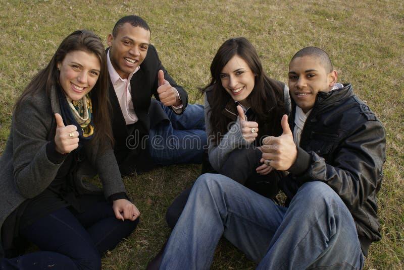 Ομάδα φοιτητών πανεπιστημίου στοκ φωτογραφία