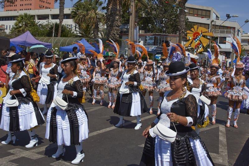 Ομάδα χορού Morenada στο Oruro καρναβάλι στη Βολιβία στοκ εικόνες