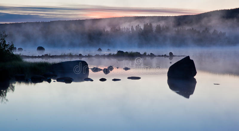 ομιχλώδη ύδατα στοκ φωτογραφίες