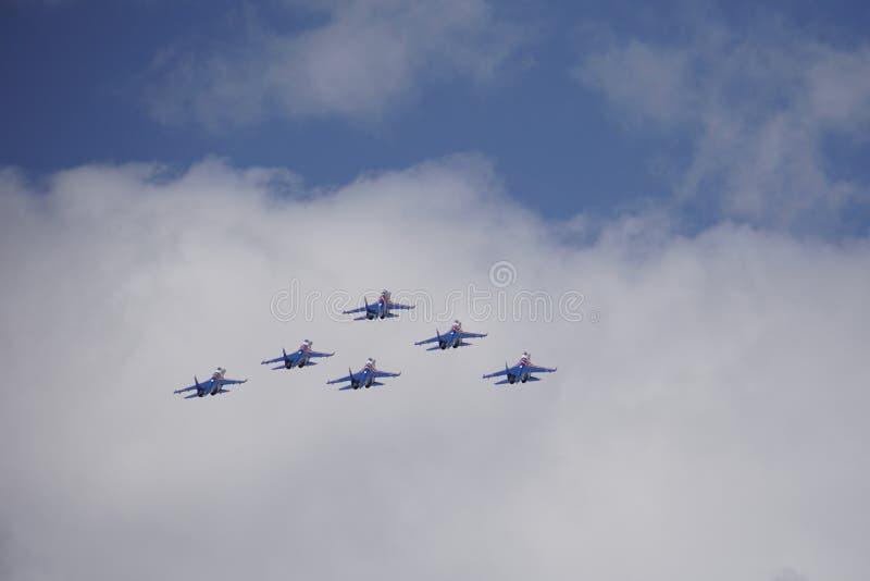 Ομιλία avagruppy στο airshow στοκ εικόνες με δικαίωμα ελεύθερης χρήσης
