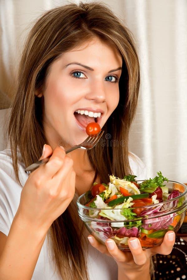ομορφιά που τρώει τις νε&omicro στοκ φωτογραφίες με δικαίωμα ελεύθερης χρήσης
