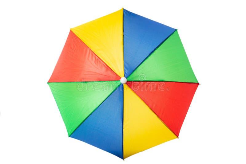 Ομπρέλα παραλιών πολύχρωμη, απομονωμένος σε ένα άσπρο υπόβαθρο στοκ εικόνες με δικαίωμα ελεύθερης χρήσης