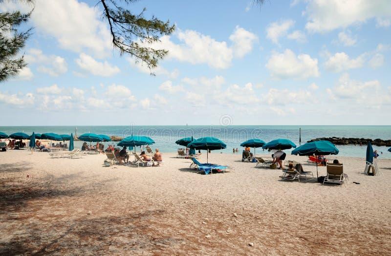 Ομπρέλες στην παραλία στοκ φωτογραφίες
