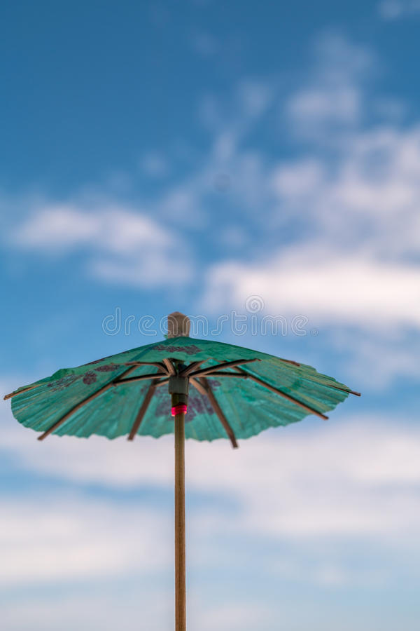 Ομπρέλα για το κοκτέιλ στοκ εικόνες
