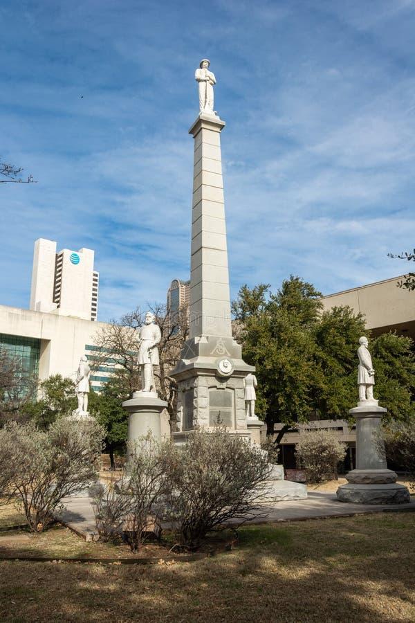 Ομόσπονδο πολεμικό μνημείο στο νεκροταφείο πρωτοπόρων στο Ντάλλας, TX στοκ εικόνα με δικαίωμα ελεύθερης χρήσης