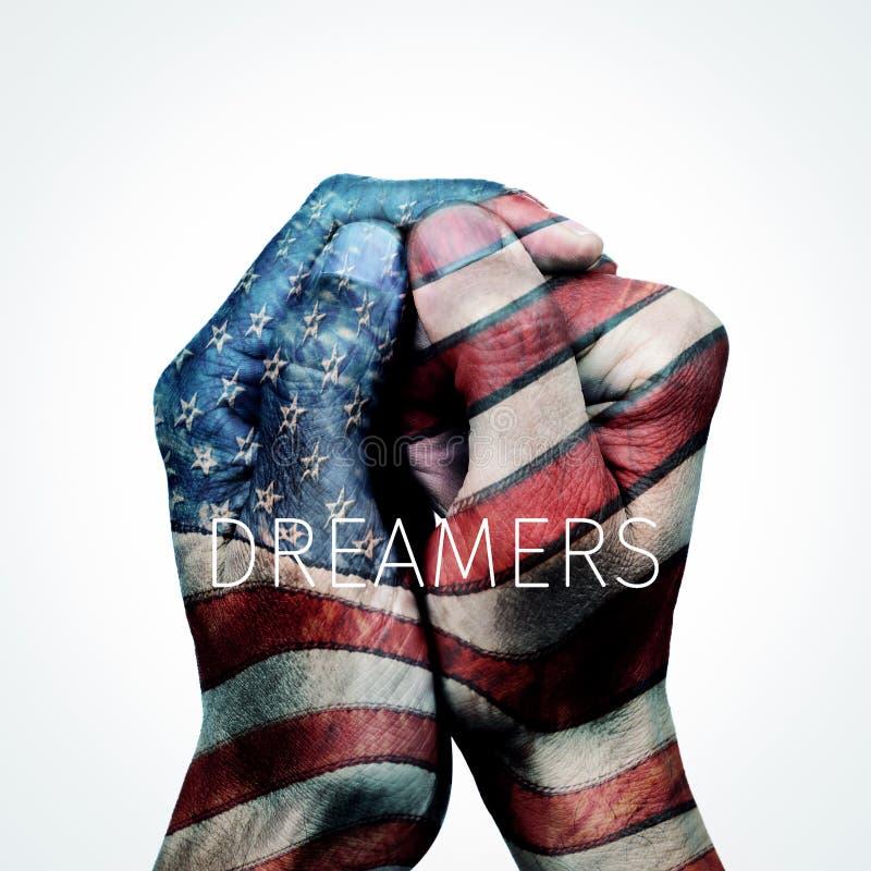 Ονειροπόλοι και αμερικανική σημαία κειμένων στοκ φωτογραφία