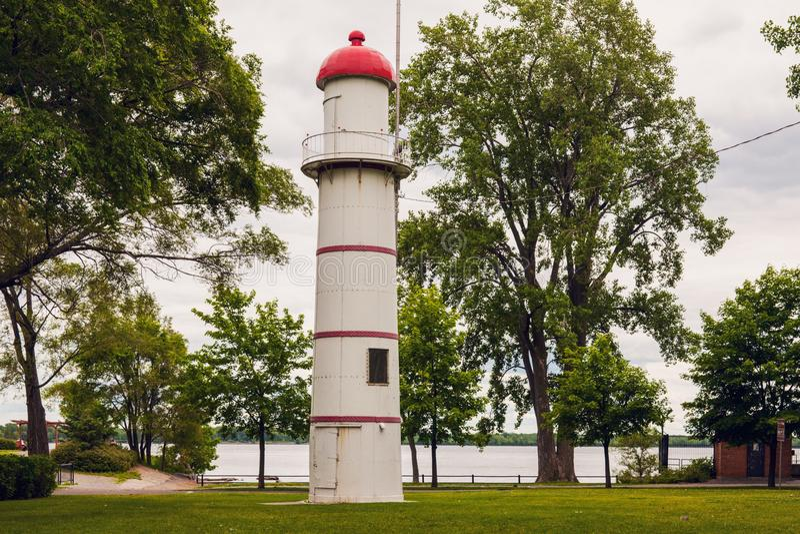 Οπίσθιος φάρος σειράς Lachine από τον ποταμό του ST Lawrence στοκ φωτογραφία με δικαίωμα ελεύθερης χρήσης