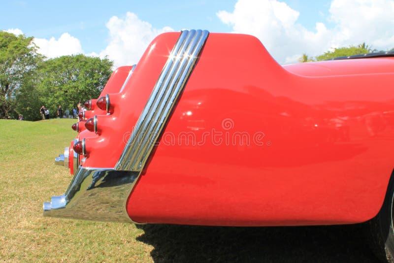 Οπίσθιο σπάνιο γερμανικό αυτοκίνητο λεπτομερειών με τα tailfins στοκ εικόνα
