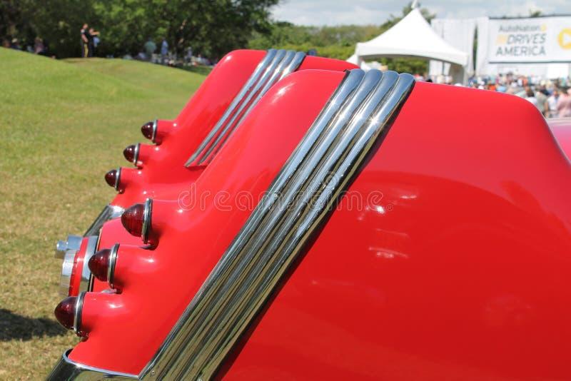 Οπίσθιο σπάνιο γερμανικό αυτοκίνητο λεπτομερειών με τα tailfins στοκ φωτογραφία με δικαίωμα ελεύθερης χρήσης